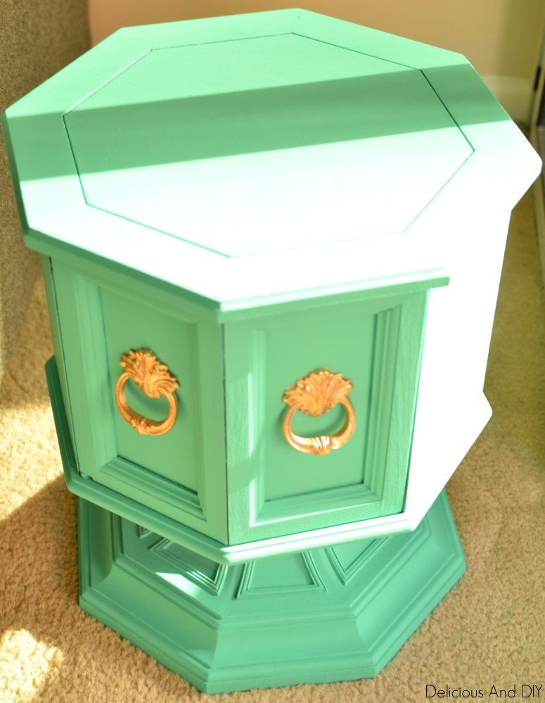 Brown Furniture Gets A Teal Surprise