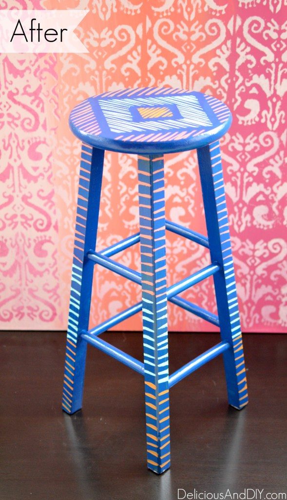 Brush Stroke Art Stool Makeover - Delicious And DIY