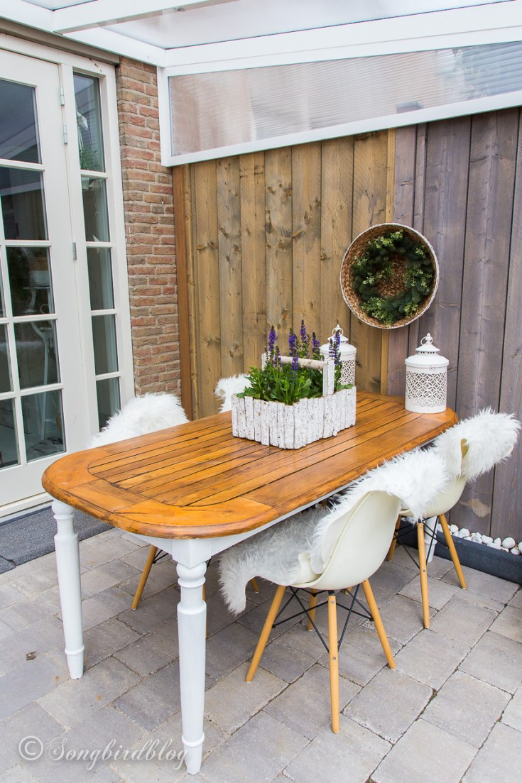 How I used an old wood dining table outside