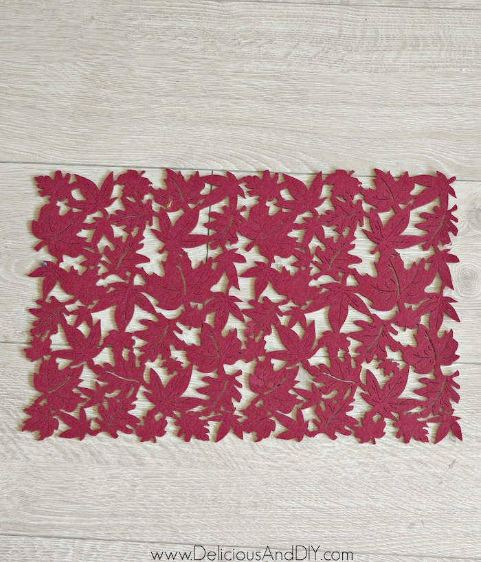 decorative mat for fall in the color maroon