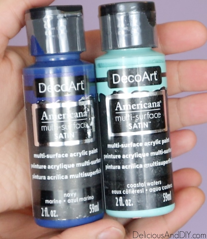dark and light blue paint color