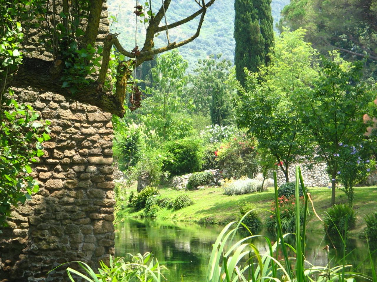 The Garden of Ninfa  Delicious Italy