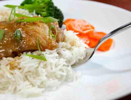 Brown Sugar Garlic Chicken - a simple sauce that's fantastic on chicken or pork!