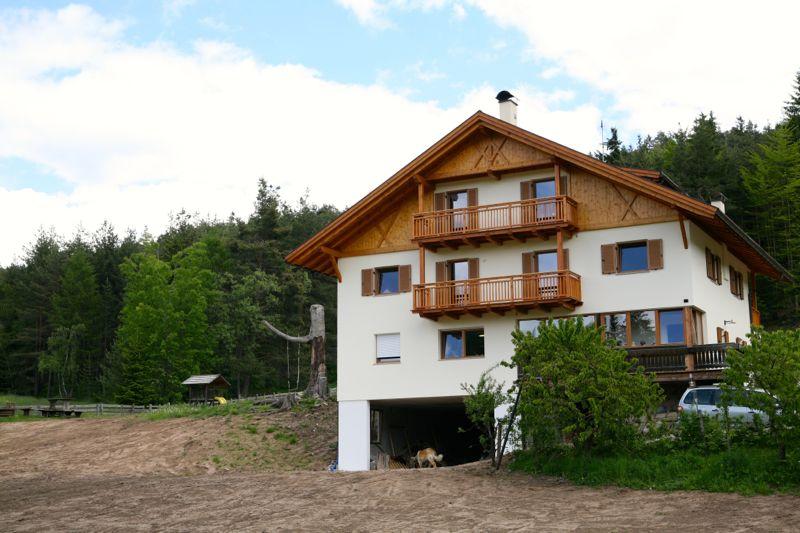 Moserhof, unser Einkehrziel der Drei-Höfe-Wanderung auf dem Ritten