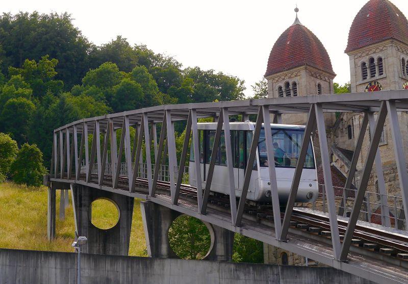 Aufstiegshilfe: Bergbahn in Künzelsau