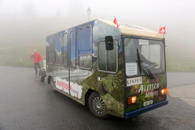 Aletsch-Express: Elektrobus-Pendelverkehr zwischen der Bettmer- und der Riederalp