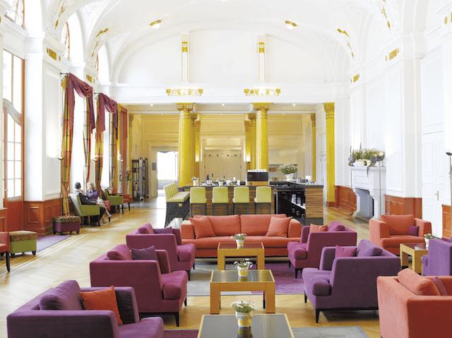 Lounge im Jugendstilpavillon