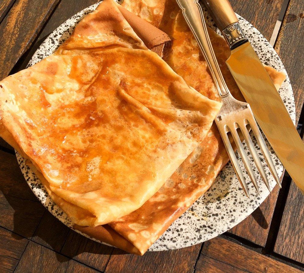 Bretonisches Kochbuch: Crêpes mit gesalzener Butter