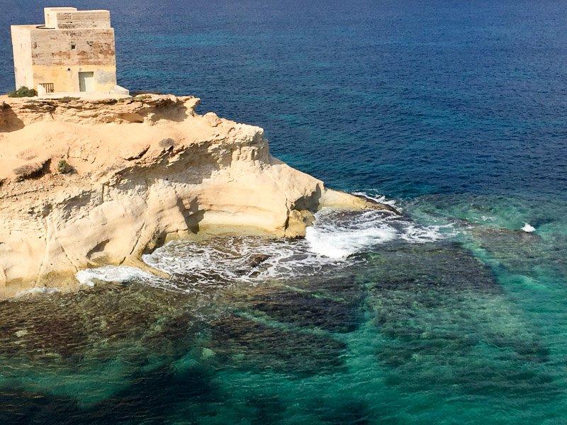 türkisblaues Meer Malta
