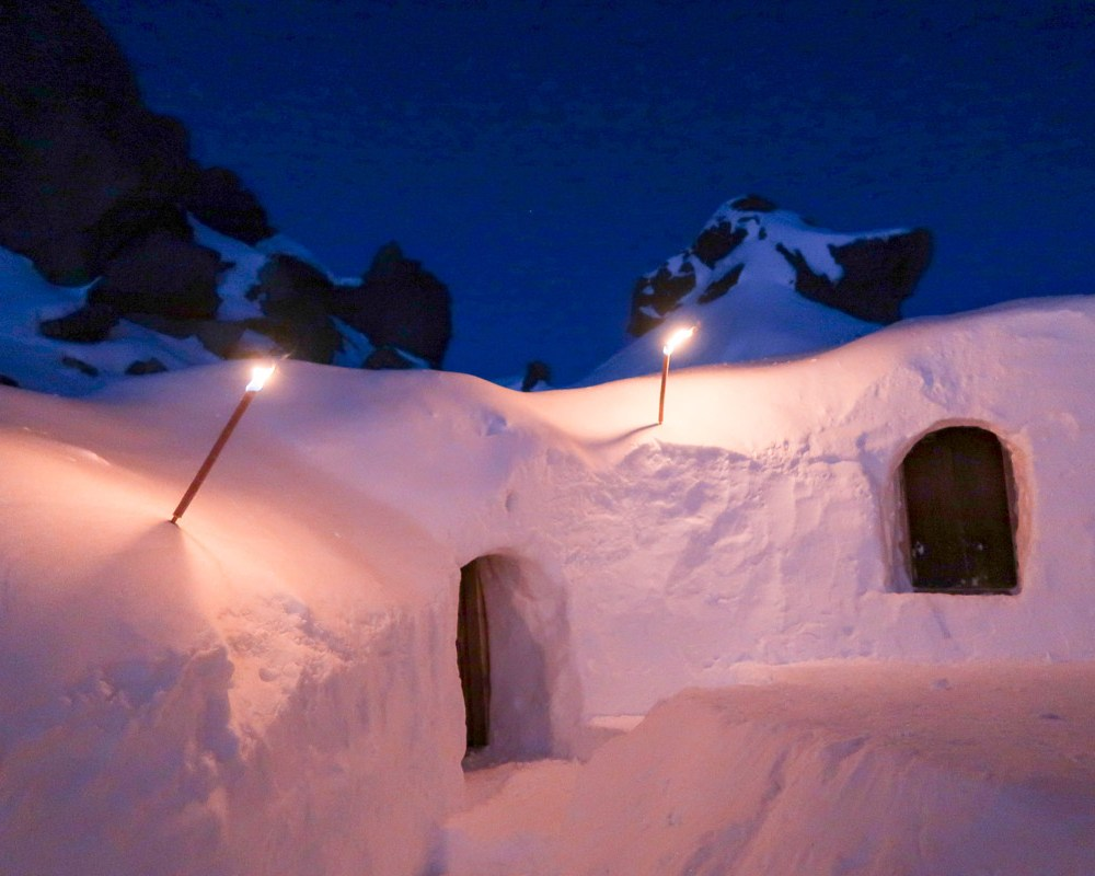 Iglu-Abenteuer im Montafon: Nachts im Eisfach