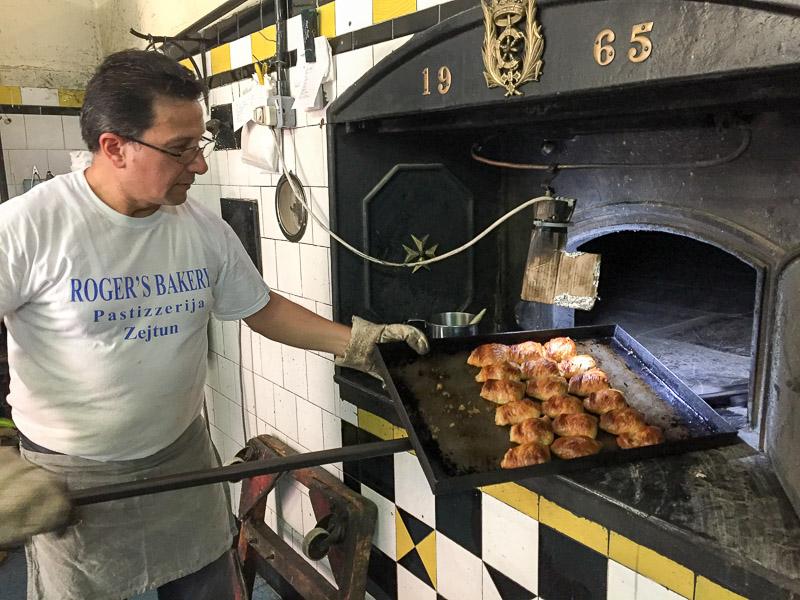 Pastizzi, Rogers Bakery in Zejtun