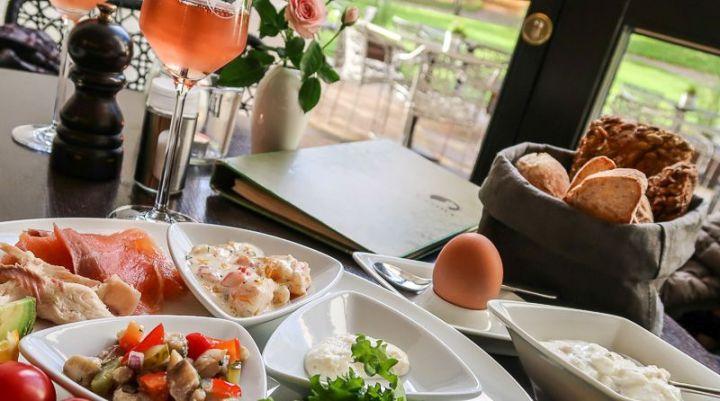 Frühstück bei Canova