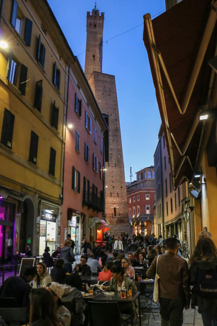 Abends in Bologna