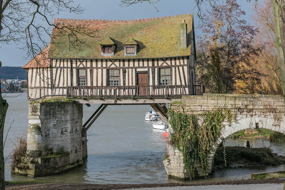 Vieux Moulin, Vernon