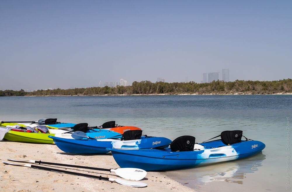 Mit dem Seekajak durch den Mangroven Nationalpark Abu Dhabi