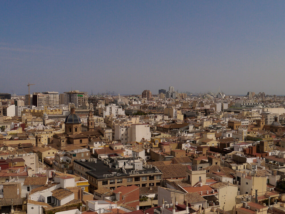 Valencia von oben: Aussichtsturm El Miguelete, höchster Punkt Valencias, Blick über die ganze Stadt