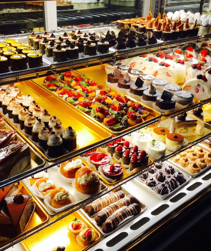 Pastries by Edie Canoga Park, Los Angeles