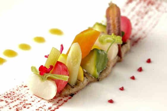 Legumes-d'ete-jeunes-pousses-vinaigrette-truffe restaurant-cafe-colette-paris-