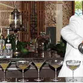 Colin-Field-Chef-barman-Bar-Hemingway-du-Ritz-cocktail