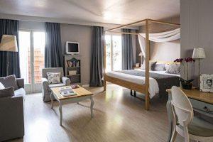 La-lune-de-mougins-suite-Mougins-cote-d-azur
