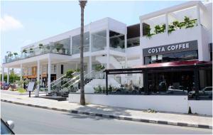 Chypre-paphos-restaurant-min