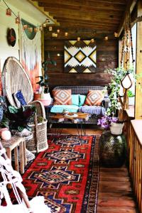 What's Hot on Pinterest: 5 Bohemian Interior Design Ideas
