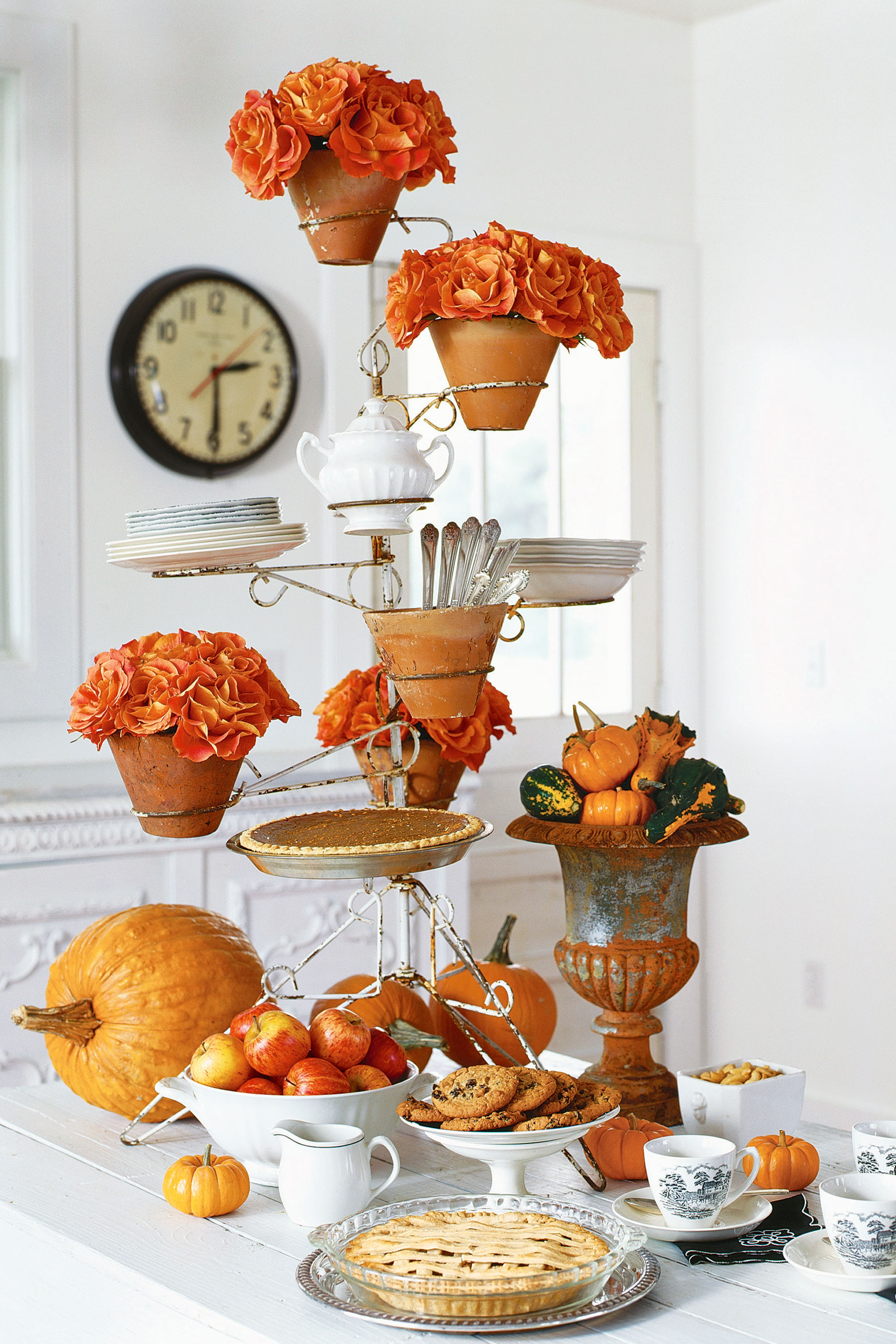 How To Turn Your Thanksgiving Decor Into A Success