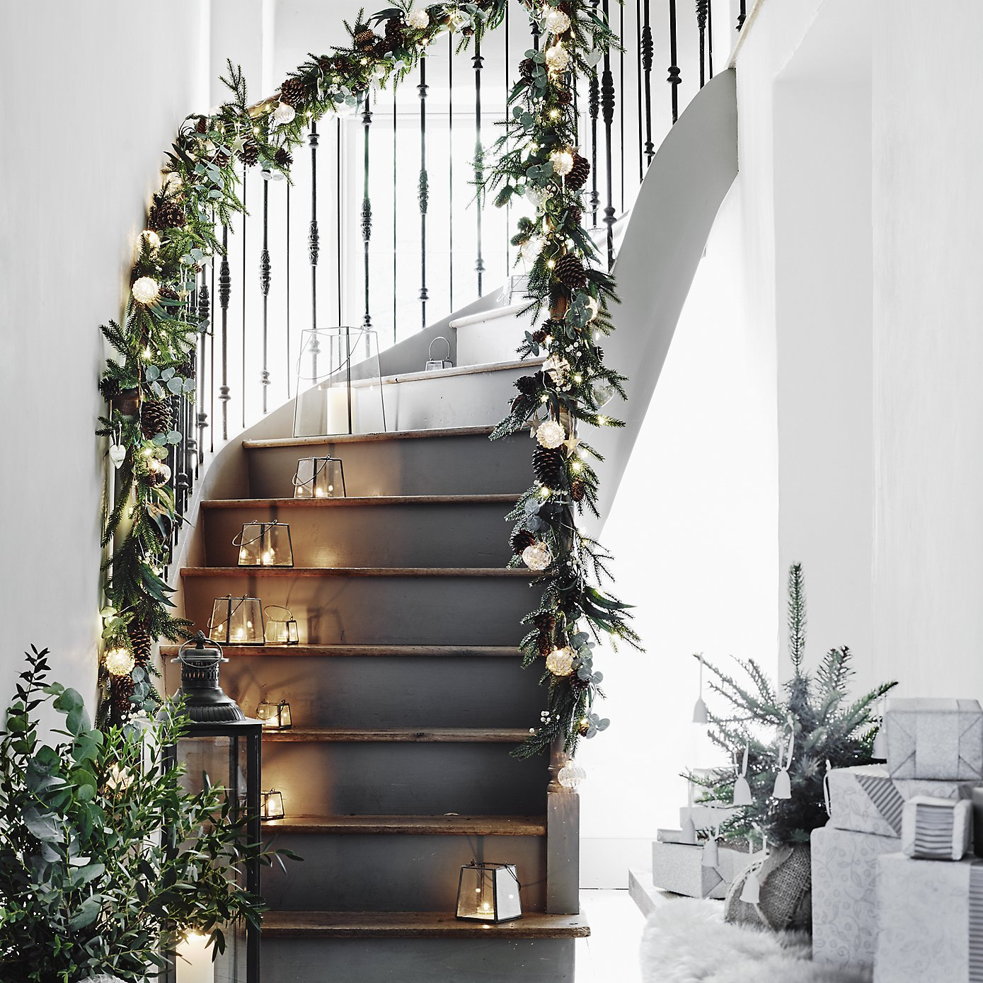 Scandinavian Christmas Decorating Ideas