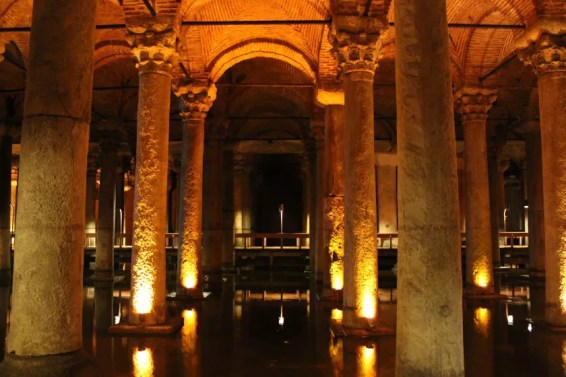 Istanbul Versunkener Palast