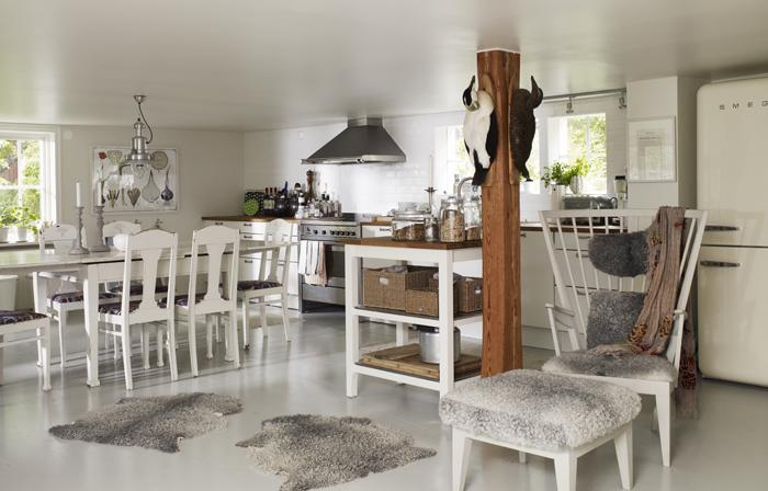 Dos casas de verano en suecia blog tienda decoraci n for Decoracion casa verano