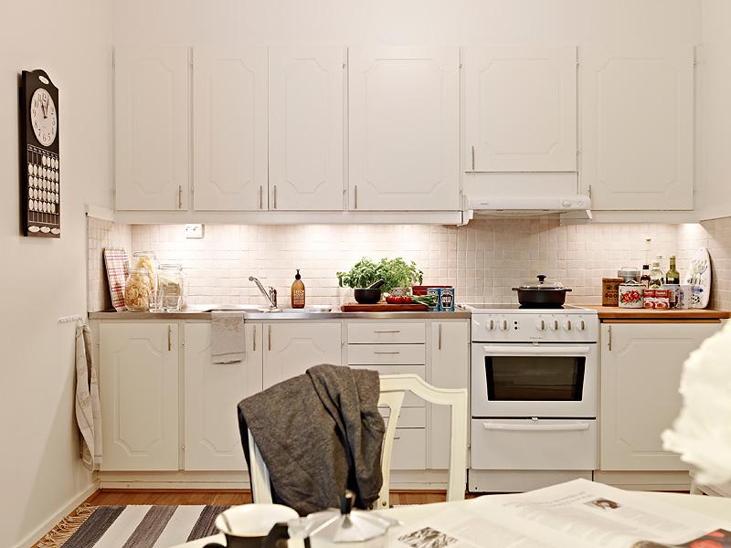 Un piso pequeño en colores neutros   blog decoración estilo ...
