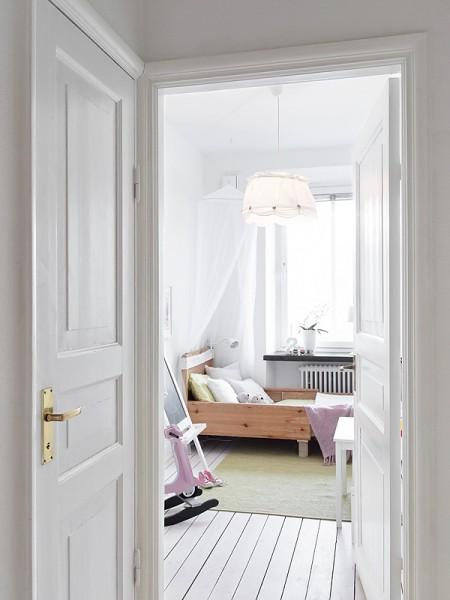 Decoración femenina - romántica en blanco, gris y rosa ...