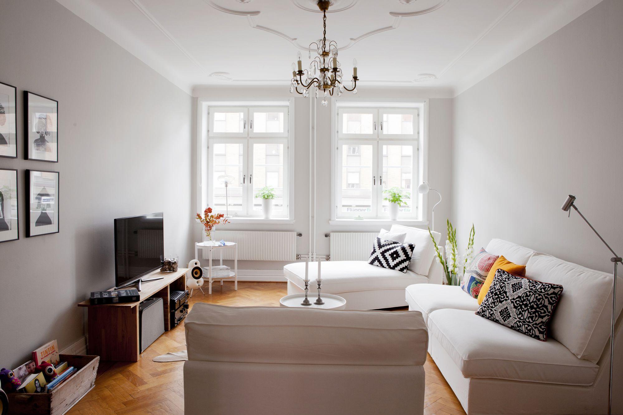 Paredes grises muebles blancos suelo de madera blog for Salones en color blanco
