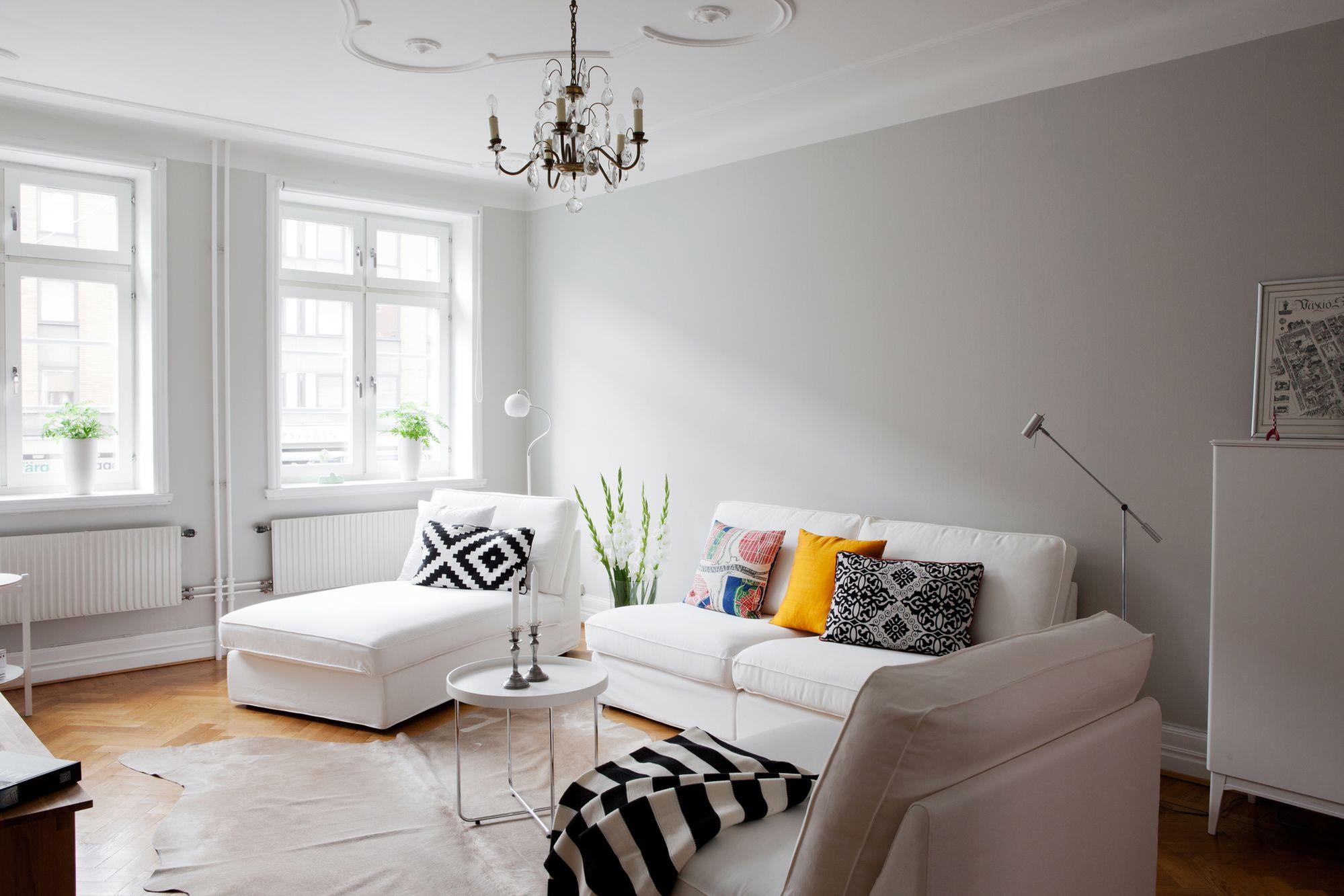 Paredes grises muebles blancos suelo de madera blog for Salones para pisos