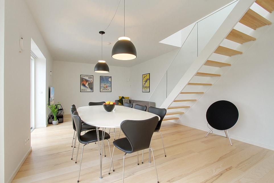 Me pido este d plex dan s blog tienda decoraci n estilo for Decoracion escaleras duplex