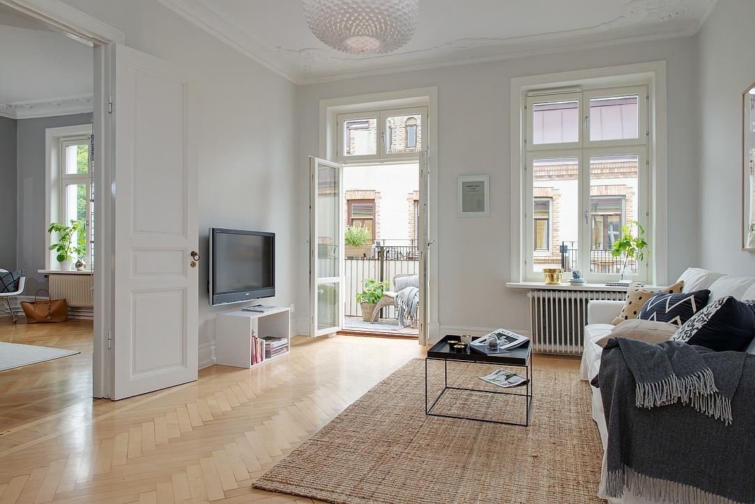 Gris y blanco siempre un acierto blog tienda decoraci n for Casas con puertas blancas