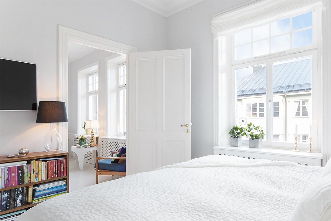 Suelo de madera pintada de blanco blog tienda decoraci n - Pintar madera blanco ...