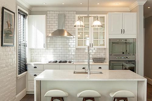 Antes despu s de una cocina aburrida a una muy chic - Como colocar marmol ...
