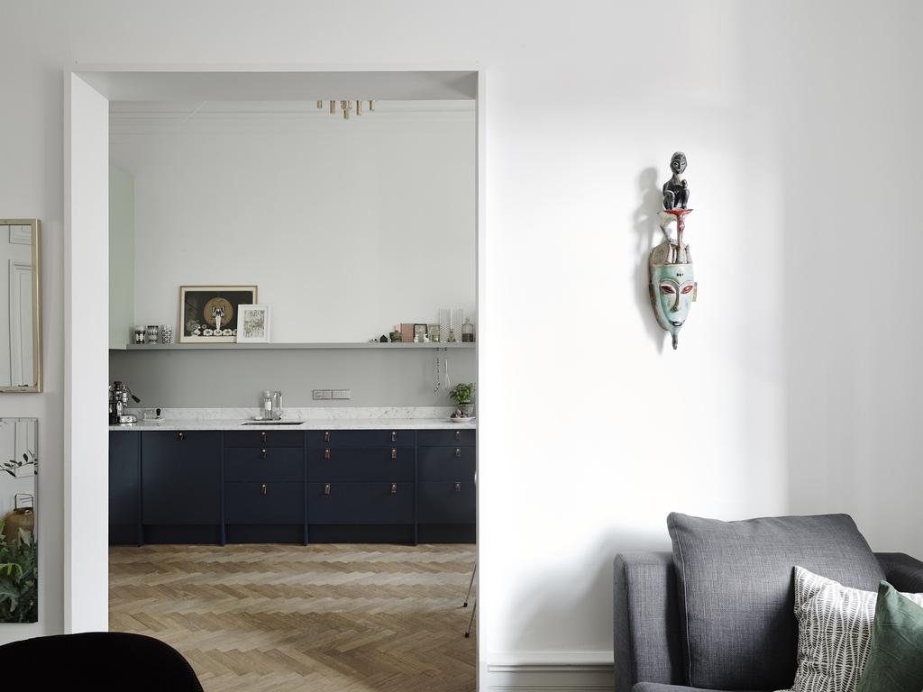 Sillas ant madera de nogal delikatissen blog tienda - Blog decoracion interiores ...