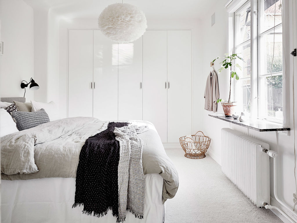 suelo de roble espigado puertas correderas dobles piso nrdico madera lacada de blanco estilo nrdico blog
