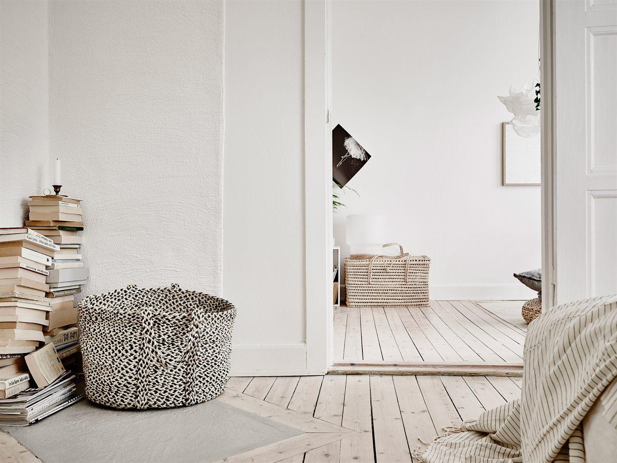 Peque o piso n rdico decorado con materiales naturales for Decorar piso pequeno estilo nordico