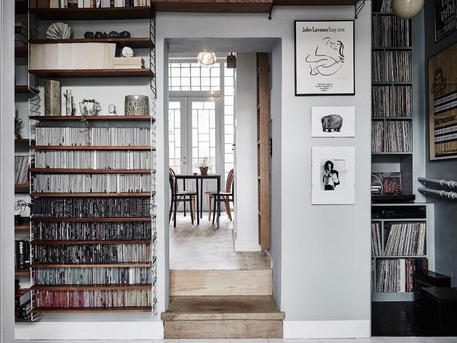 vintage estilo nórdico escandinavo duplex nórdico decoración papel de pared decoración libros discos cds decoración librerias decoración colecciones blog decoración estilo nórdico escandinavo
