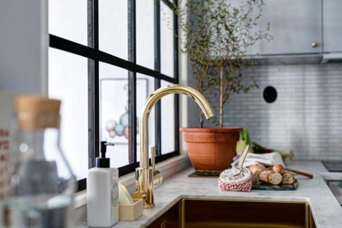 planta abierta pared de cristal decoración mini pisos decoración interiores nórdicos estilo nórdico escandinavo distribución diáfana cocinas pequeñas grises blog decoración nórdica