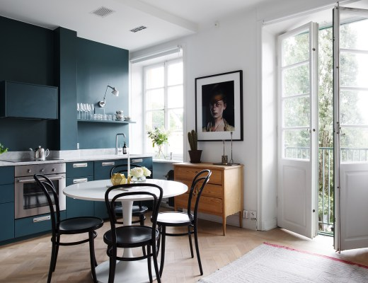 blog decoración, cocina azul, cocina moderna, cocina nórdica, cocina oscura, cocina pequeña, estilo nórdico, pintura de cocina