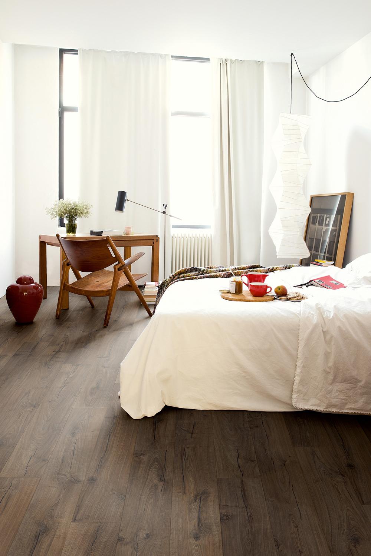 Quick step suelos laminados de parquet y de vinilo blog tienda decoraci n estilo n rdico - Como poner suelo laminado ...