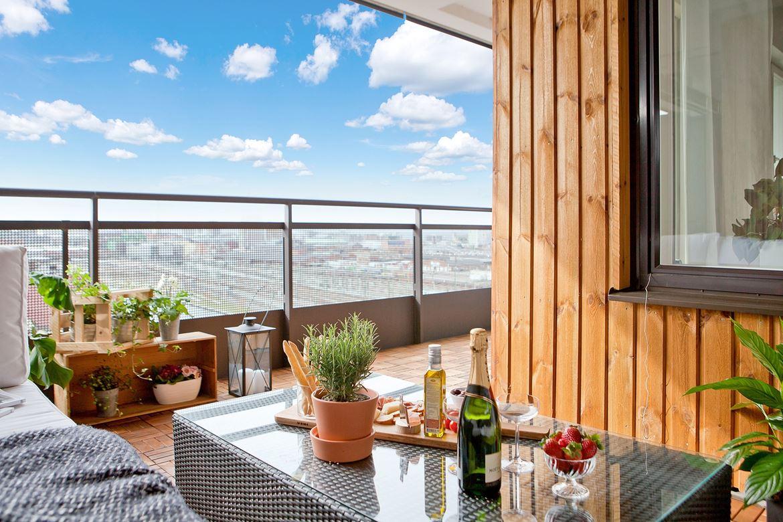 Terraza revestida en madera blog tienda decoraci n for Decoracion de terrazas de madera