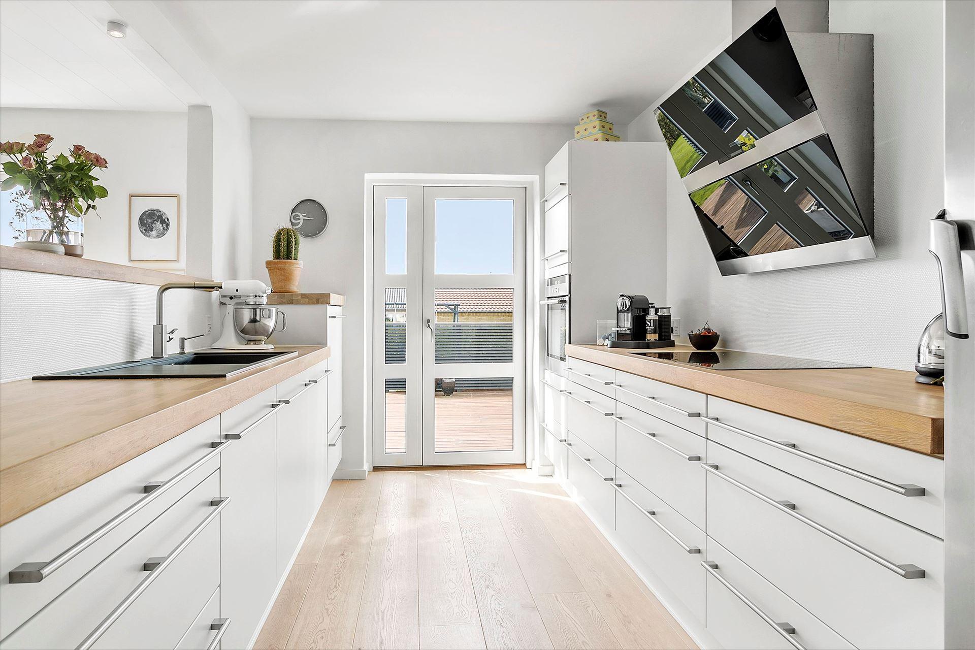 Cocina n rdica en paralelo blog tienda decoraci n estilo for Distribucion cocina en paralelo