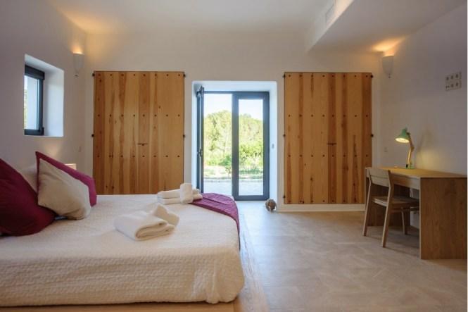 villa vacaciones ibiza villa alquiler ibiza estilo mediterráneo decoración mediterránea decoración ibiza decoración blanco madera