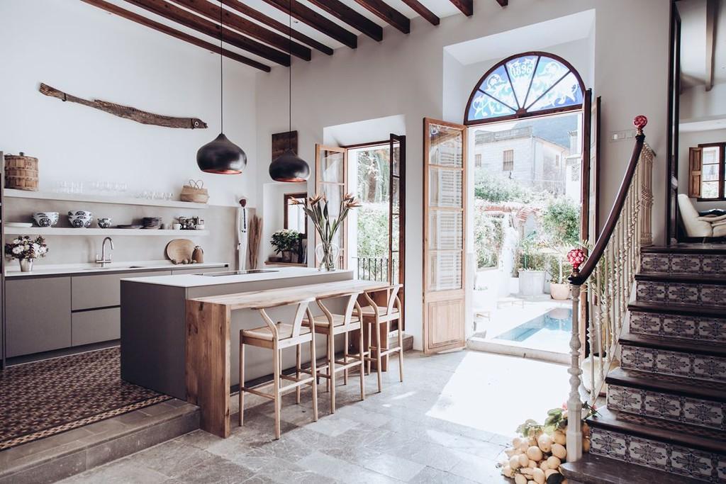 rústico mediterráneo minimalismo mediterráneo mansion mallorca lujo controlado mansión diseño casa piedra casa pueblo mallorca casa piedra