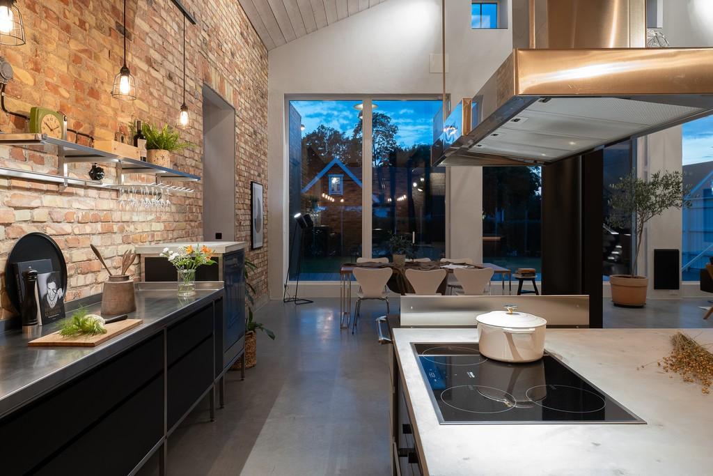 Una casa de ensueño para los amantes del diseño nórdico y el estilo industrial